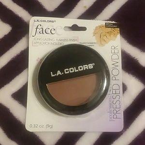 L.A. Colors pressed powder